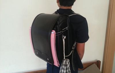 通学する子供