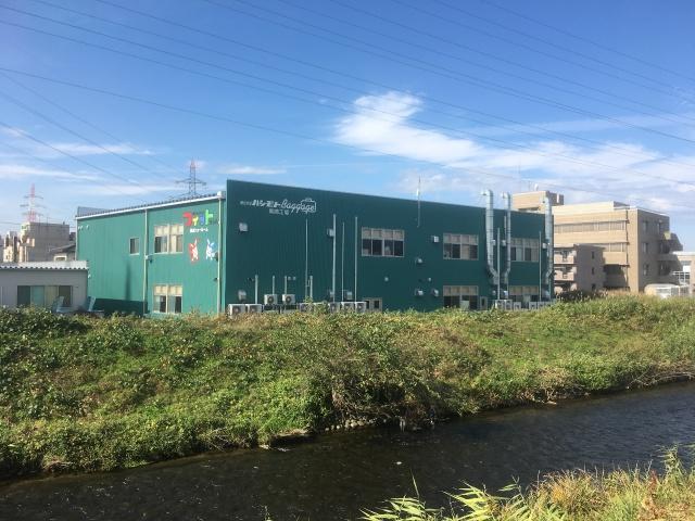 フィットちゃんランドセル黒崎工場の裏には綺麗な川が流れていました。