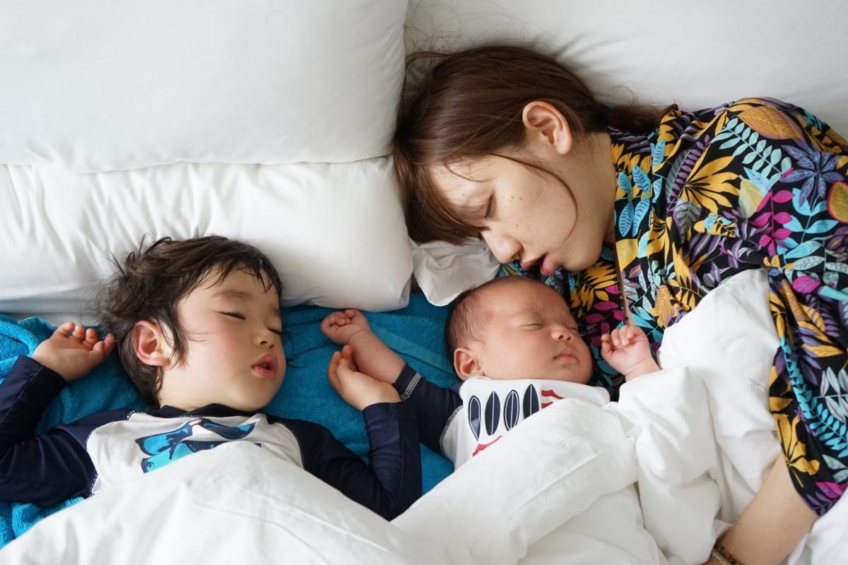 あなたはいつまで親子一緒に寝ますか?